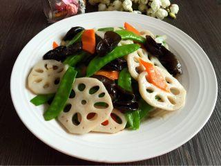 荷塘小炒#健康美颜餐#,清爽可口的荷塘小炒,春天里的小清新,减肥养生佳品。