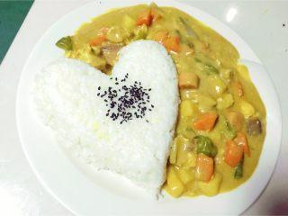 咖喱饭,耶耶耶耶耶~出锅。