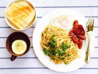 30天不重复的快手早餐,葱油拌面