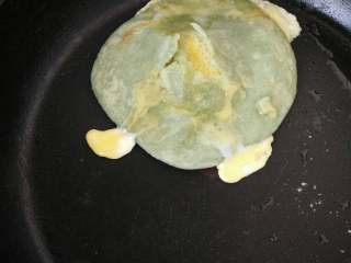 绿色的鸡蛋灌饼