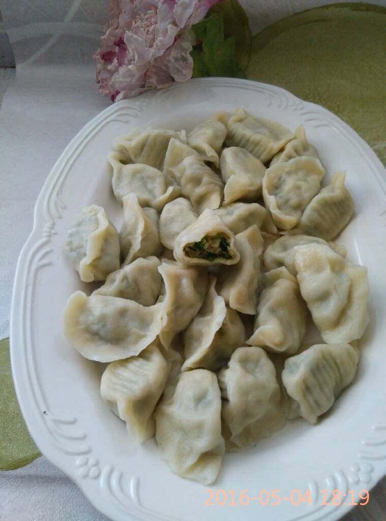 刘记:翡翠槐花馅饺子,白白胖胖的的饺子出锅喽