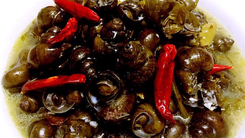 酸菜炖田螺