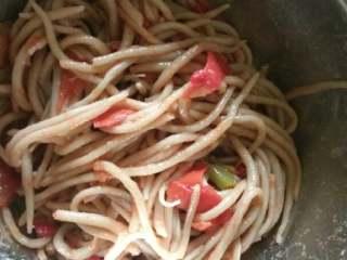 西红柿拌莜面