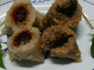 甜咸粽子,仔排梅干菜肉粽特别好吃。