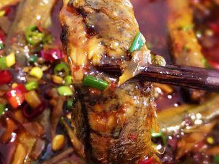 耙泥鳅,泥鳅很入味,香辣可口,耙软不烂,美味!
