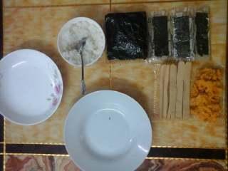 简单的寿司,准备好材料