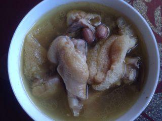 竹荪鸡汤,完成