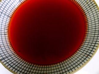 独家糖醋排骨,这就是红曲米水,红曲米淘洗干净泡水