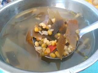 冰镇绿豆汤,放凉