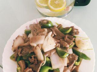 青椒洋葱炒牛肉