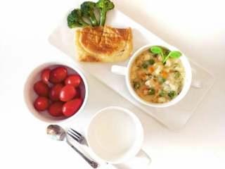 鸡肉浓汤—好浓的一碗鸡汤,开始享用吧
