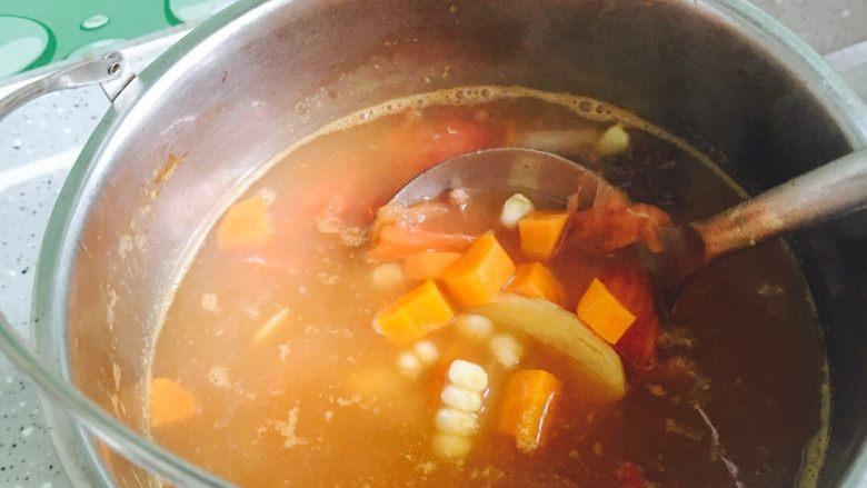 番茄牛肉,中火慢炖四十分钟左右