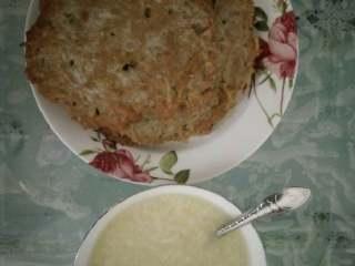 香煎藕饼,不错的午餐!