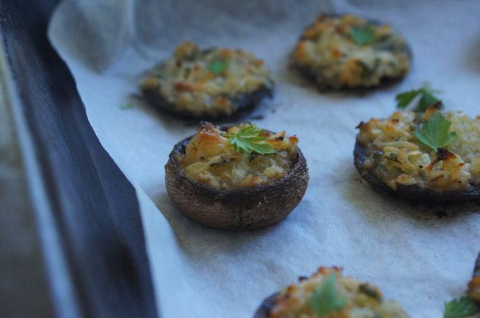 一口一个香的蘑菇吃法 -- 酿烤波托贝洛蘑菇