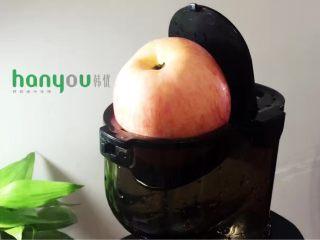 最经典的鲜榨果汁----苹果橙汁,再榨苹果