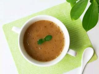 宝宝辅食:栗子红枣粥—喝一碗,热乎乎,营养暖胃又舒心!10M+,对于咀嚼能力有限的宝宝,直接用料理棒搅拌成泥再食用即可。