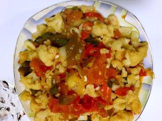 健康素菜 素炒花菜,起锅装盘