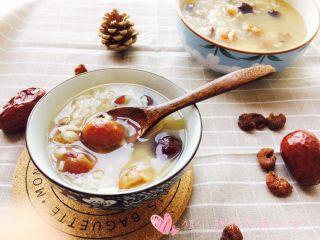 桂圆红枣粥,秋天气候干燥,多喝点粥,滋阴润肺