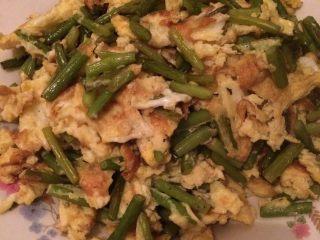 蒜苔炒鸡蛋,出锅