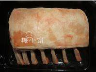 盐焗风味烤羊排,买来的羊排,我没切开,也可以切成小块。