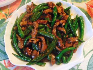 杭椒牛柳,大家按个人喜好可以加入味精调味后即可出锅了
