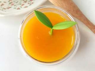 宝宝辅食:南瓜银耳羹,粉香甜糯的南瓜,加上银耳的滑润,完美