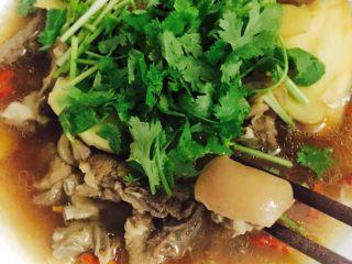 #年夜飯#羊肉煲,放上香菜,羊皮最好吃??