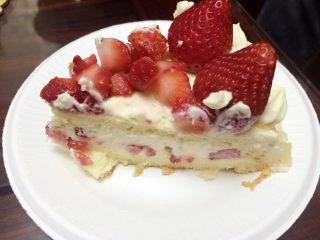 草莓奶油蛋糕,好吃