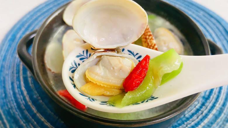 花蛤丝瓜汤,鲜美可口的文蛤丝瓜汤,我要开喝咯!