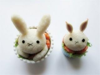 米菲兔杯子趣味餐,把另外一只杯子萌兔用同样方法拼出来