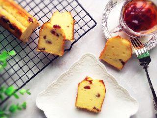 蔓越莓磅蛋糕,成品