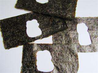 可爱的企鹅饭团,海苔剪成数字8字形