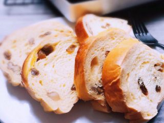 果仁大列巴面包