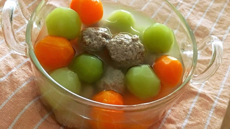 蔬菜丸子汤,开吃