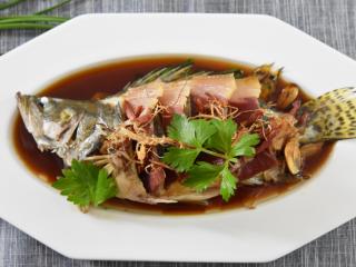 鲜上加鲜的做法——清蒸桂鱼