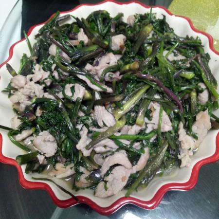 肉片炒野菜