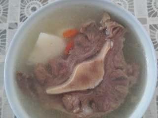山药牛尾汤