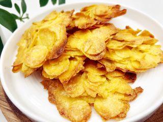 宝宝辅食:玉米片脆饼-24M+ ,完成,表面香脆,内里扎实有嚼劲,香香的。