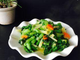 土豆胡萝卜炒青菜