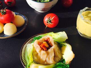 爱心早餐,一顿营养美味的早餐好喽。南瓜米糊,放破壁机,半小时即可,破壁机出来的米糊,很细腻。小番茄昨天洗好,早上用凉开水冲一下即可。