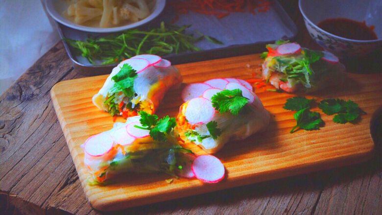越南春卷 春天的小清新,切开沾酱,开吃吧!