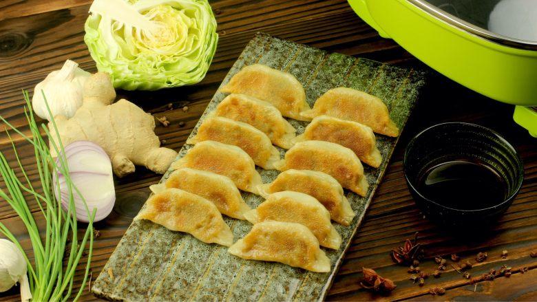 猪肉卷心菜煎饺,成品图