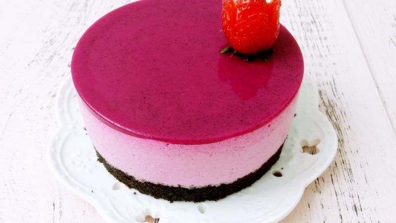 免烤快手高颜值的甜点——火龙果慕斯蛋糕