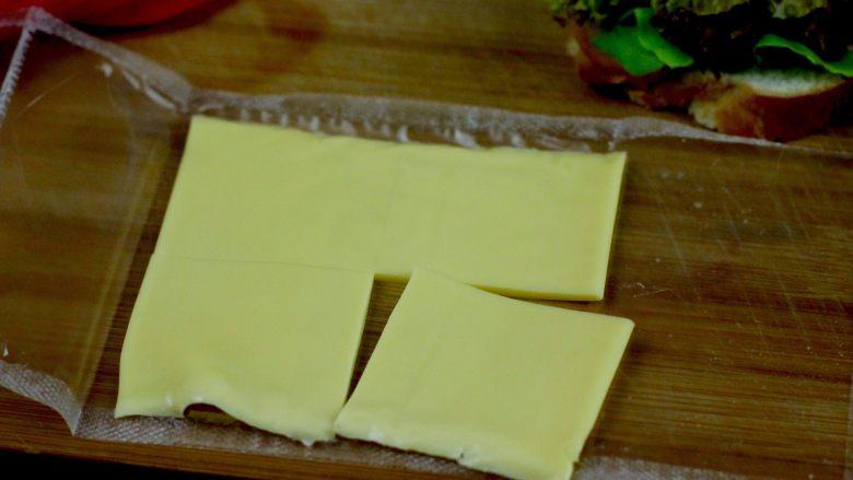 开放三明治,芝士片切四块