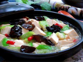 丝瓜炖豆腐,成品图欣赏