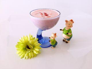 自制草莓酸奶,炎炎夏日在家制作一杯这样的特饮,爽口、美味更健康👍👍👍