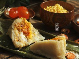 粤式海鲜咸肉粽,再来一张。