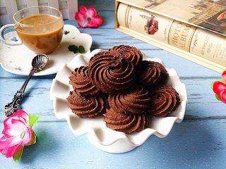 巧克力曲奇,配一杯咖啡享受下午茶吧