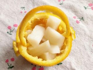 冰橙山药,17.把山药放到花篮里。