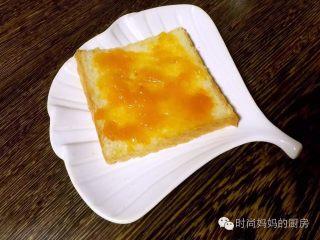 甜杏果酱………酸酸甜甜好味道,酸酸甜甜的甜杏果酱是吐司好伴侣
